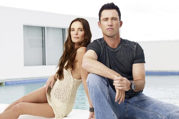 burn notice gabrielle anwar jeffrey donovan - Gabrielle Anwar, de The Tudors à Once Upon a Time