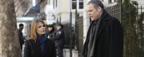 Law & Order : Criminal Intent – Playing Dead (8.01)