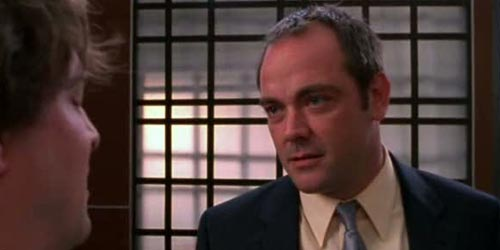 Mark Sheppard incarne Tom Prescott dans Burn Notice - Bad Breaks (2.13)