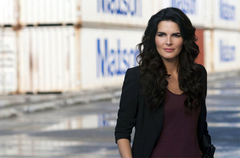 Spotted : Angie Harmon (Rizzoli & Isles, New York police judiciaire)