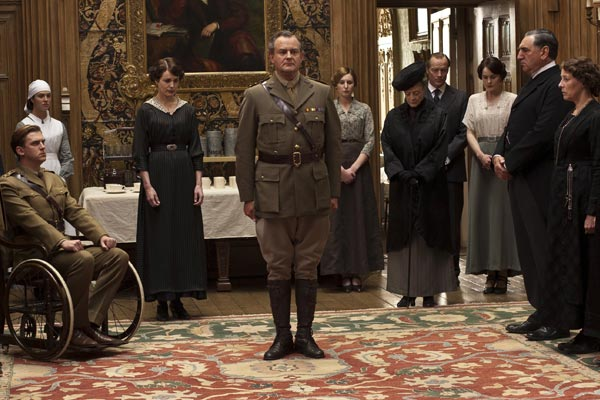 downton abbey saison 2 bilan - Downton Abbey Saison 2 : un véritable champ de bataille