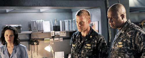 Last Resort – Captain (1.01 – pilote de la série)