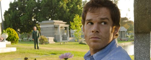 Dexter – Buck The System (7.03)