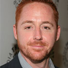 Le spin-off de NCIS: LA recrute Scott Grimes et Gillian Alexy