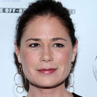Maura Tierney sera l'épouse de Dominic West dans le pilote de The Affair sur Showtime
