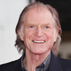 David Bradley remplace John Hurt dans The Strain