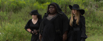 American Horror Story : Coven – Burn, Witch. Burn! (3.05)