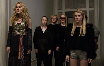 American Horror Story : Coven – Go to Hell (3.12)