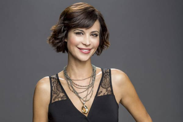 Catherine Bell est The Good Witch (Un soupçon de magie)