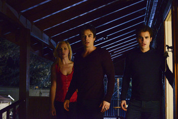 The Vampire Diaries : La Cabane dans les bois (What Lies Beneath – 5.20)