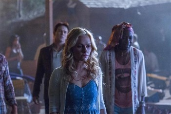 True Blood – Jesus Gonna Be Here (7.01)