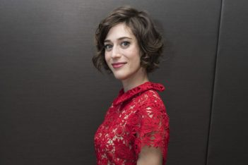Lizzy Caplan, de Freaks and Geeks à Masters of Sex