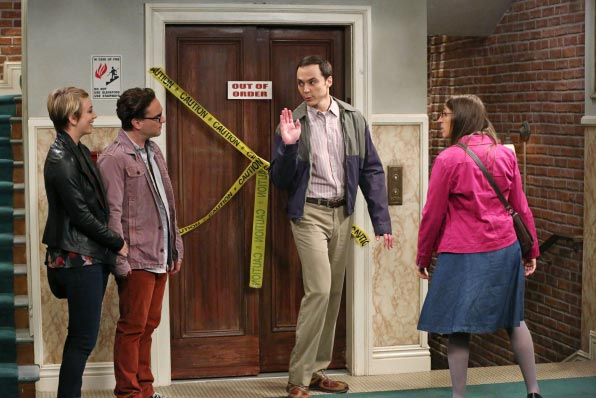 The Big Bang Theory saison 8 episode 3 - The Big Bang Theory – The First Pitch Insufficiency (8.03)