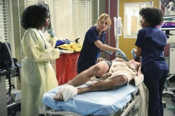 Grey's Anatomy : I Must Have Lost It on the Wind (11.01)