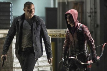 Arrow : I Thought He Was Green (3.10)