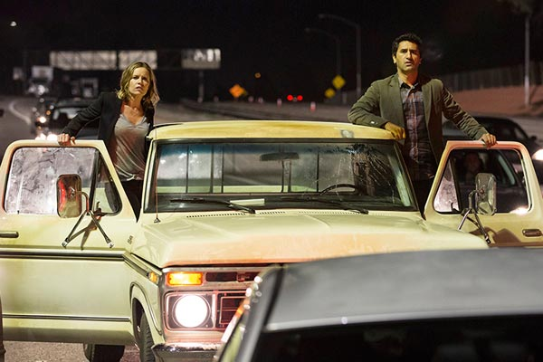Fear The Walking Dead Episode 1 - Fear The Walking Dead : Avant le drame (Pilote)