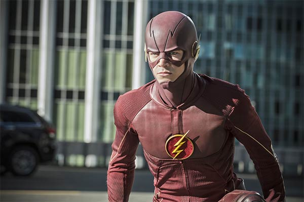 The Flash Saison 2 Episode 1 : The Man Who Saved Central City