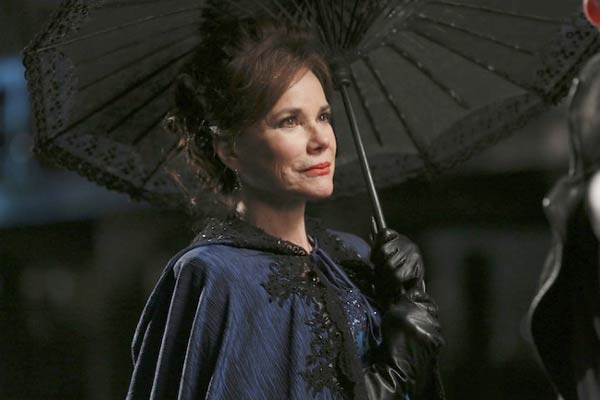 Barbara Hershey dans Once Upon a Time