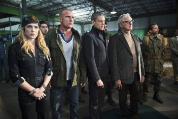 Legends of Tomorrow : À la recherche de Vandal Savage (1.02)