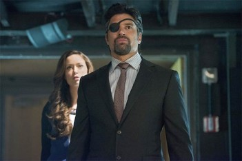 Avant The Shannara Chronicles, Manu Bennett était Slade Wilson dans Arrow