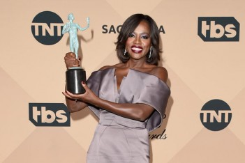 SAG Awards 2016 : Orange Is the New Black, Downton Abbey, Viola Davis et Kevin Spacey parmi les vainqueurs