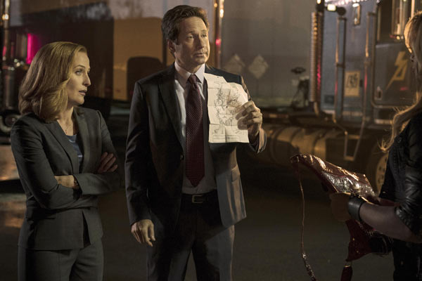 The X Files Saison 10 Episode 3 - The X-Files : Mulder et Scully font du fan service (10.03)