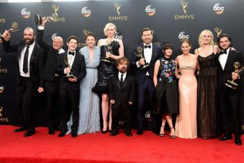 Emmy Awards 2016, les gagnants : Game of Thrones, Veep et American Crime Story dominent