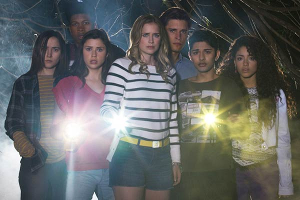 dead of summer saison 1 - Que vaut Dead of Summer, le slasher des créateurs de Once upon a Time ?