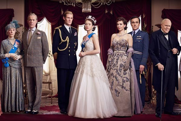 the crown saison 1 netflix - The Crown : 5 raisons de regarder la série royale de Netflix en attendant la saison 3