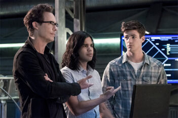 The Flash Saison 7 : Tom Cavanagh et Carlos Valdes quittent la série