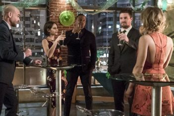 Arrow : Portés disparus (5.22)