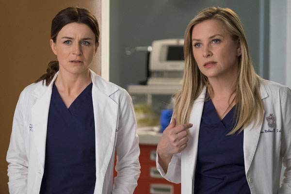 Greys Anatomy saison 14 episode 23 - Grey's Anatomy : Les fissures de la vie (14.23)