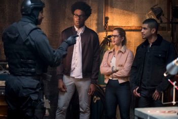 Arrow : Les Longbow Hunters (7.02)