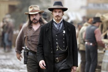 Deadwood : Le film entre en production et le casting complet est officialisé
