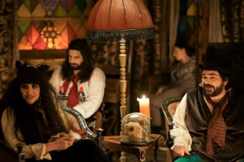 What We Do In The Shadows Saison 2 : Morts et heureux de l'être