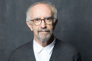 The Crown Saisons 5 et 6 : Jonathan Pryce rejoint le casting royal de Netflix